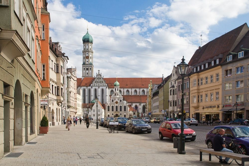 city tour durch augsburg sightseeing. Black Bedroom Furniture Sets. Home Design Ideas