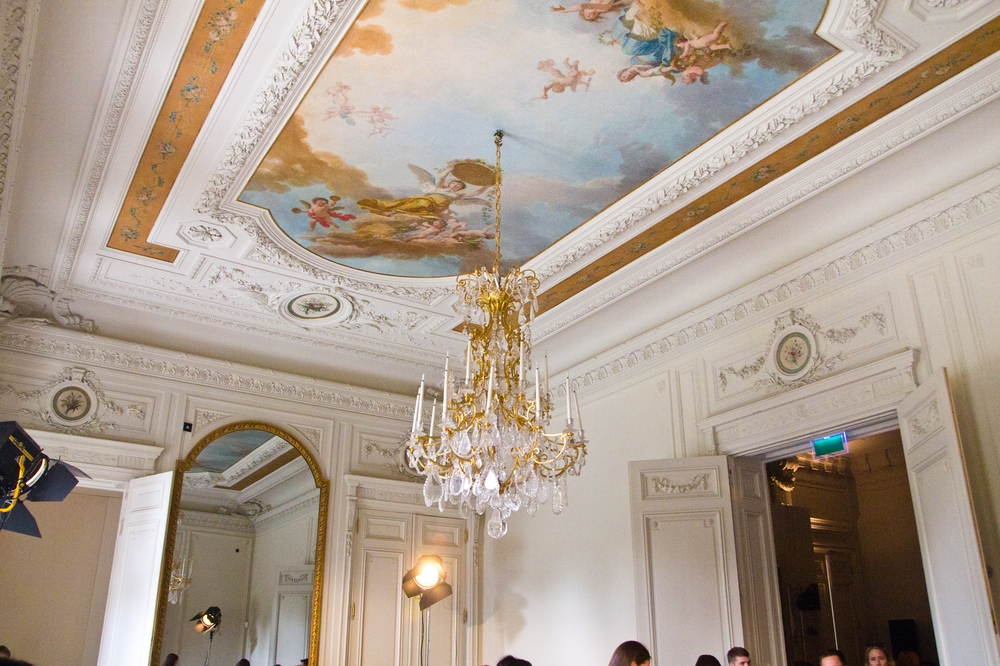 Paris_Fashion_Week_Alexis_Mabille_SS2015_01