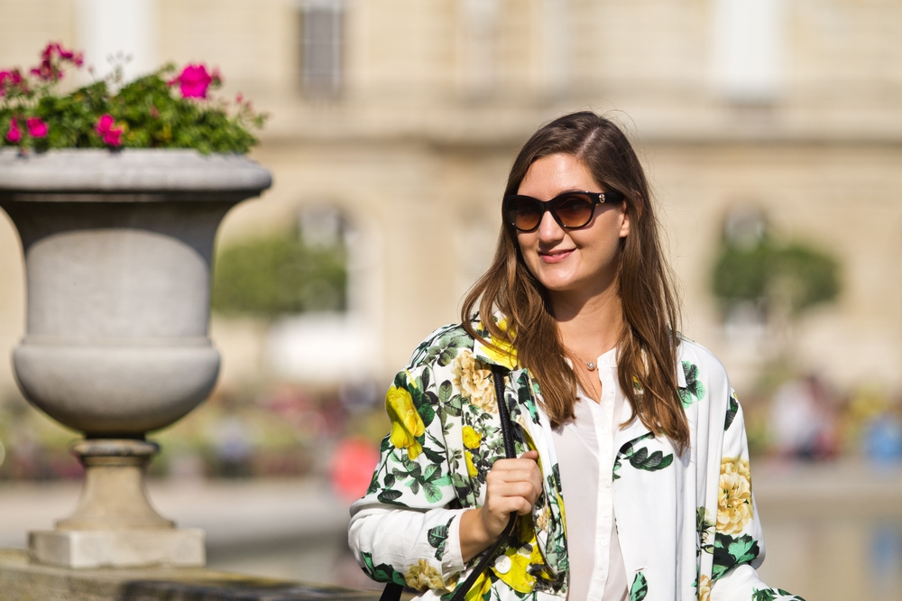 Paris_Jardin_Luxembourg_Senat_Outfit_Fashion_Week_12
