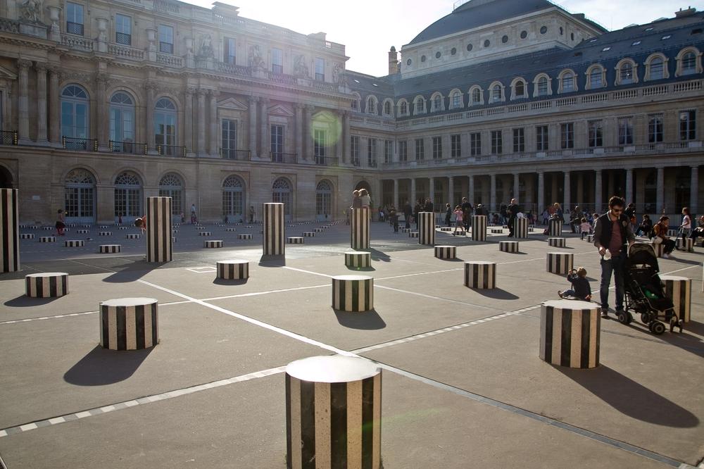 paris_hotel_platine_colonnes_de_buren_louvre_eiffelturm_galerien_14