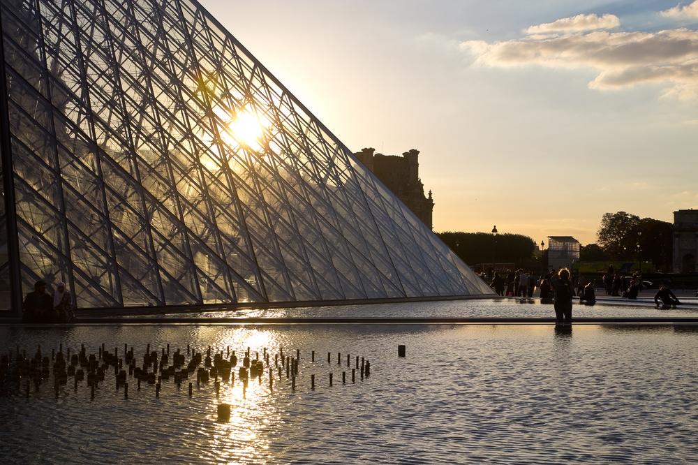 paris_hotel_platine_colonnes_de_buren_louvre_eiffelturm_galerien_16
