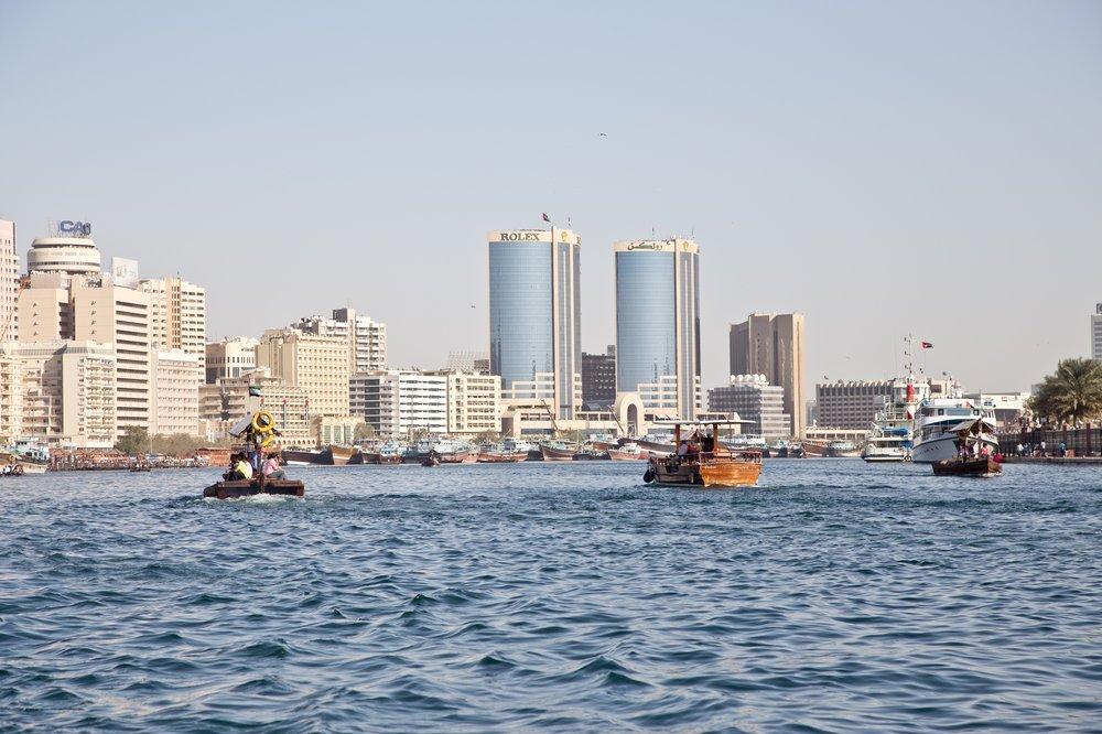 dubai_VAE_UAE_abra_burjkhalifa_jumeirahbeach_16