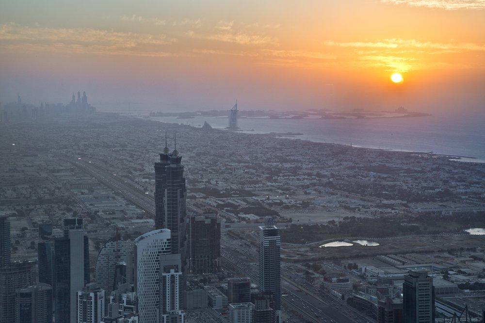 dubai_VAE_UAE_abra_burjkhalifa_jumeirahbeach_28