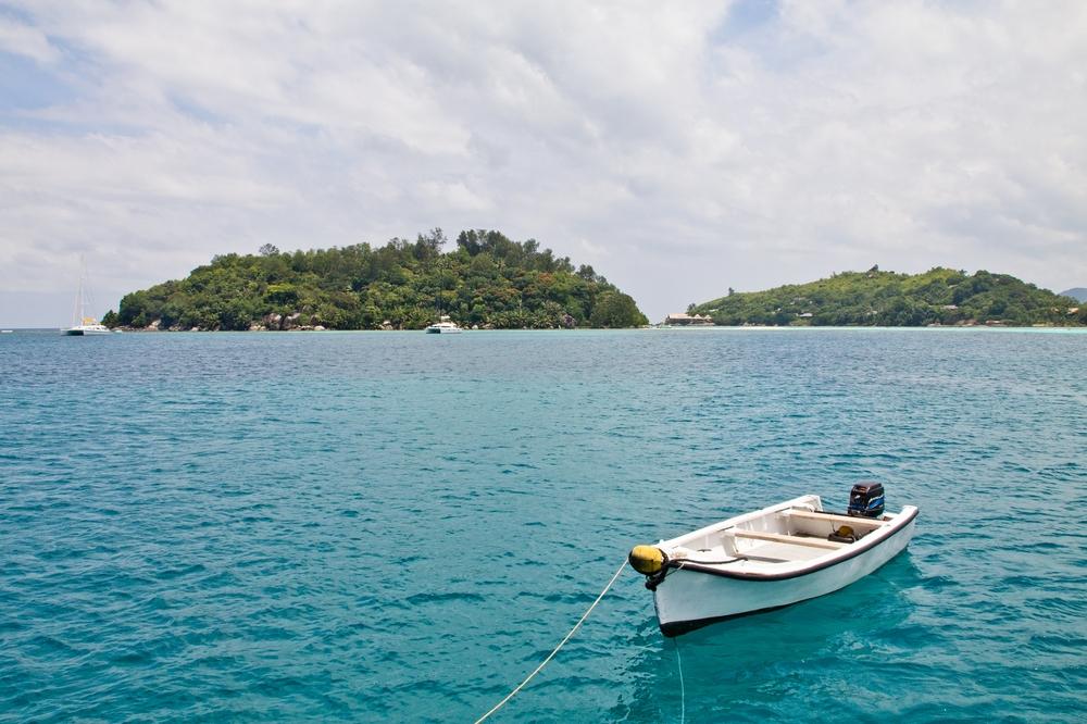 seychellen_mahe_sainte_anne_island_resort_schnorcheln_stand_up_paddling_silhouette_cruises_01