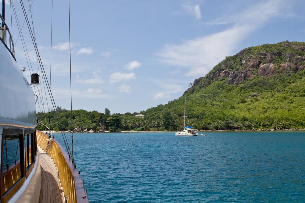 seychellen_mahe_sainte_anne_island_resort_schnorcheln_stand_up_paddling_silhouette_cruises_02