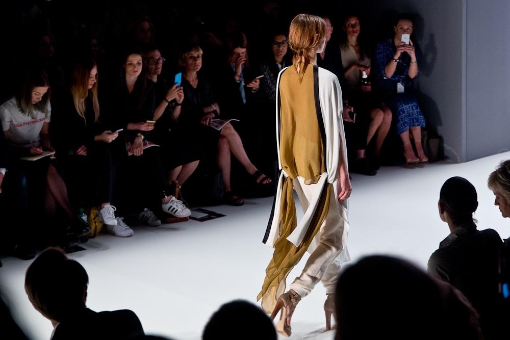 annelie_schubert_mercedes_benz_fashion_week_berlin_fashionshow_11