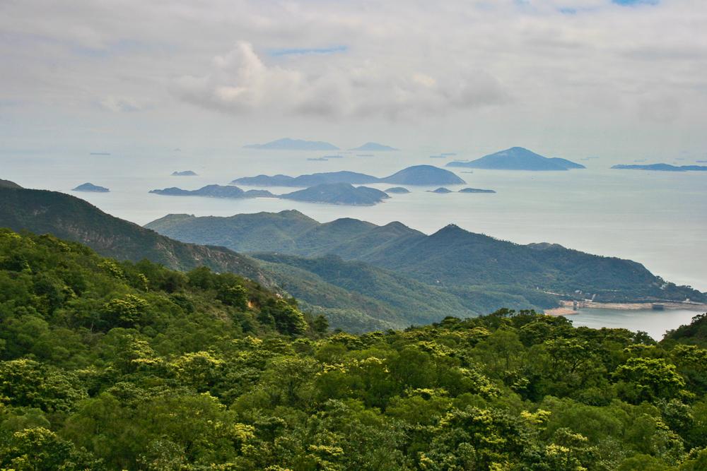 hongkong_china_blog_reiseblog_reisetagebuch_lantau_lamma_island_big_buddha_temple_10000_buddhas_avenue_stars_nan_lian_garden_06