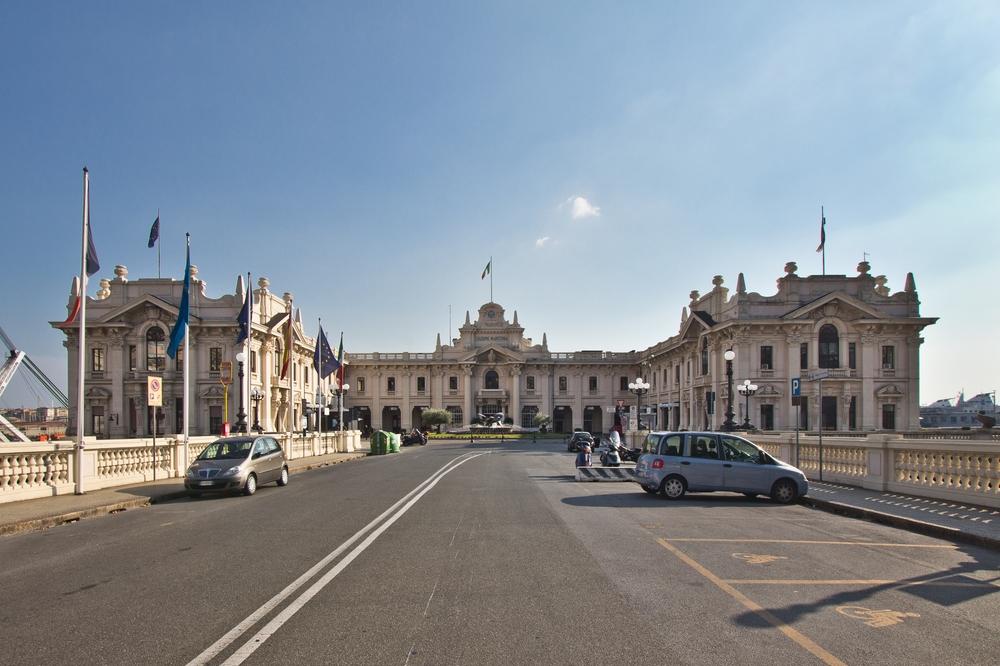 kreuzfahrt_ms_astor_italien_genua_livorno_rom_civitavecchia_neapel_pompei_01