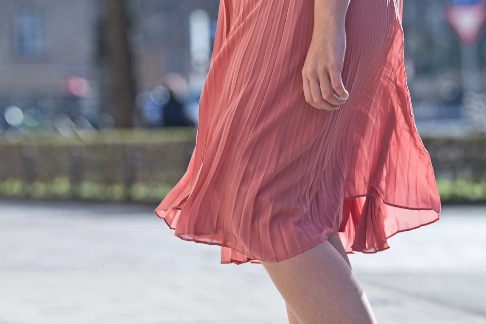 Plissee Kleid Blouson Jacke Modeblog München