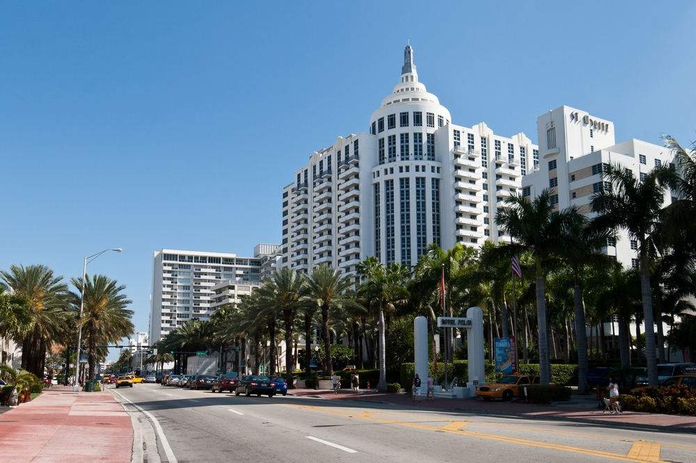 miami_ocean_drive_south_beach_art_deco_airport_MIA_05