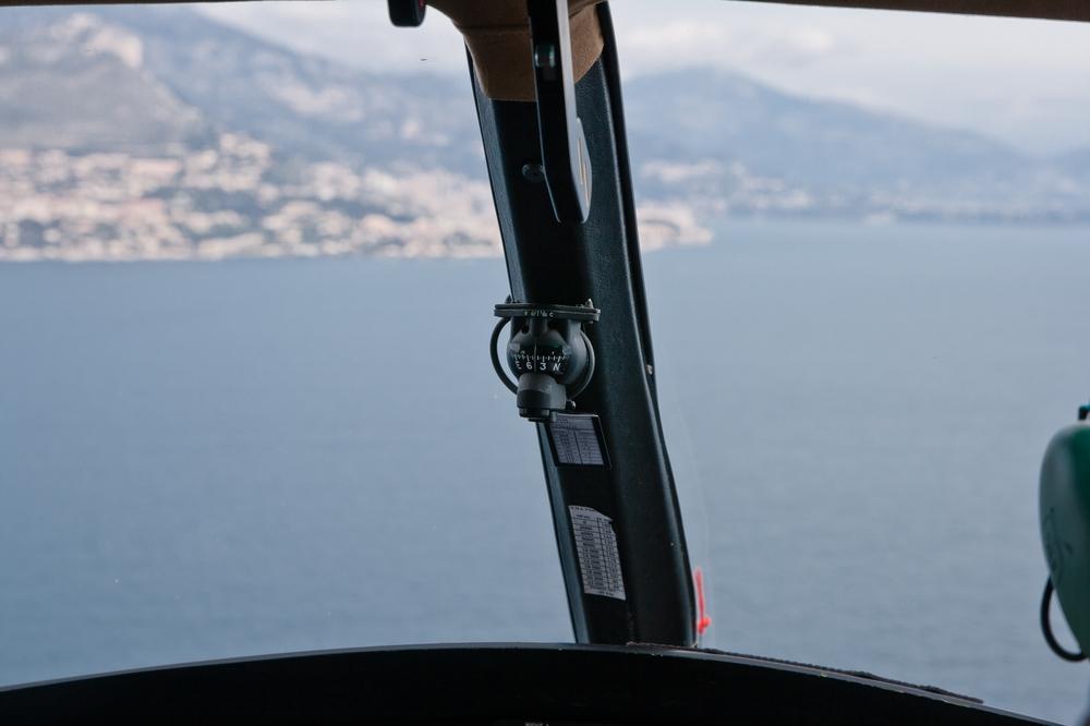 Helicopter_Nizza_Monaco_Cote_d_azur_Fashionblog_Modeblog_Muenchen_02