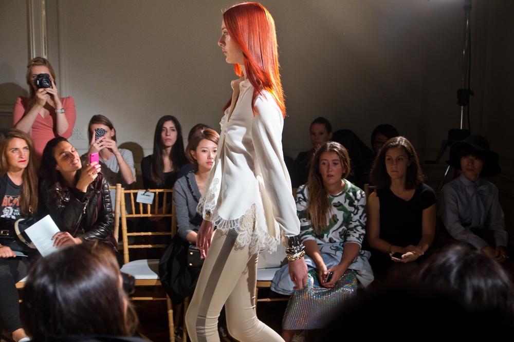 Paris_Fashion_Week_Alexis_Mabille_SS2015_12