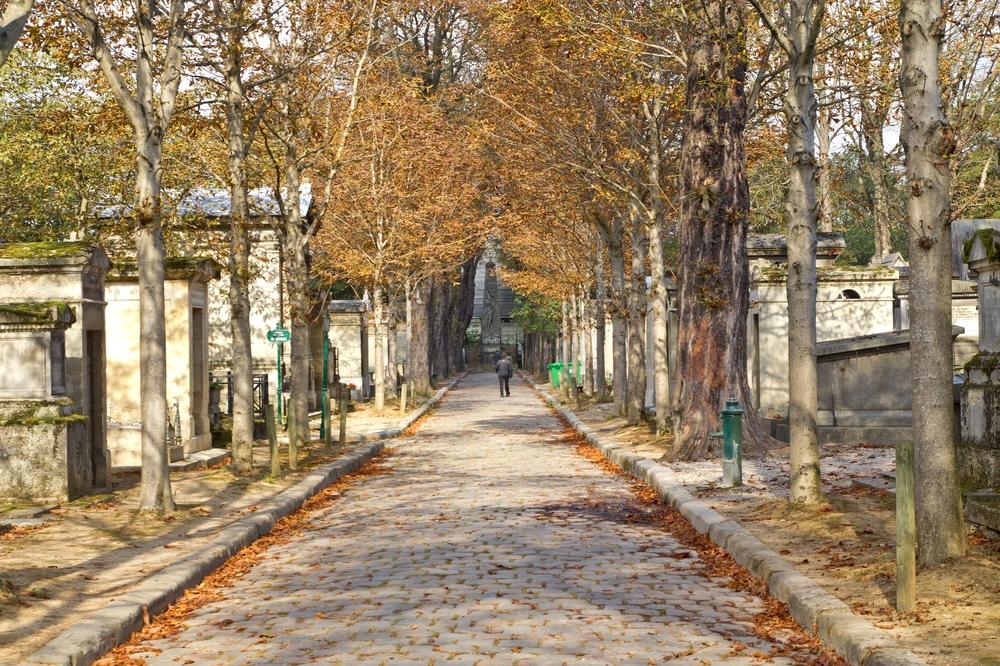 Paris_Parc-des-Buttes-Chaumont_Pere-Lachaise_09