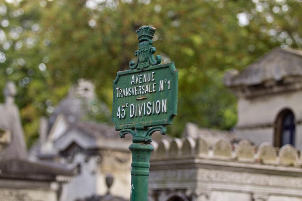 Paris_Parc-des-Buttes-Chaumont_Pere-Lachaise_10