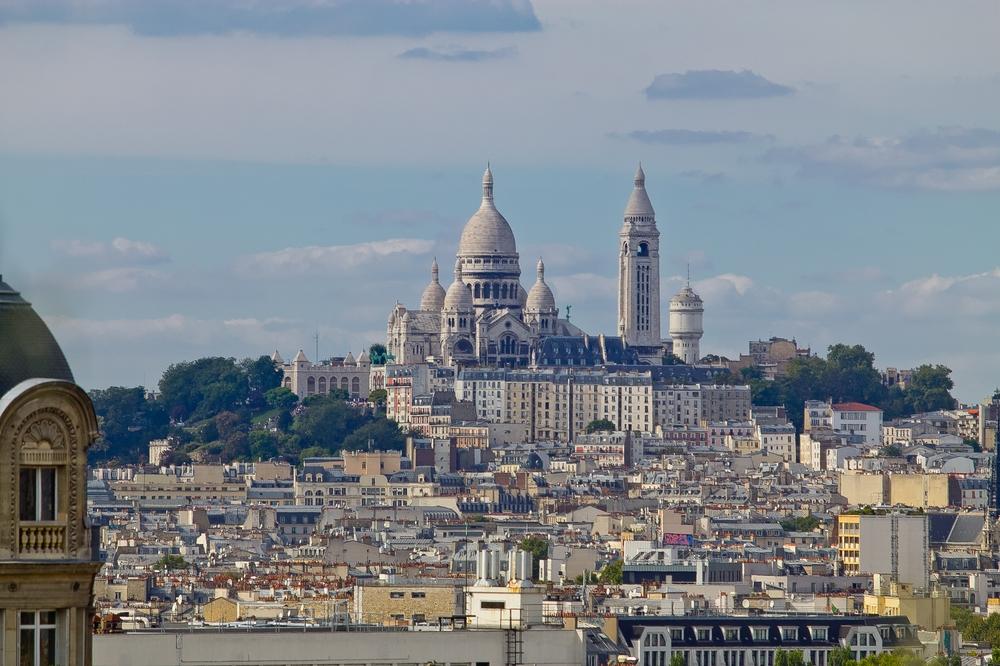 Paris_Parc-des-Buttes-Chaumont_Pere-Lachaise_13