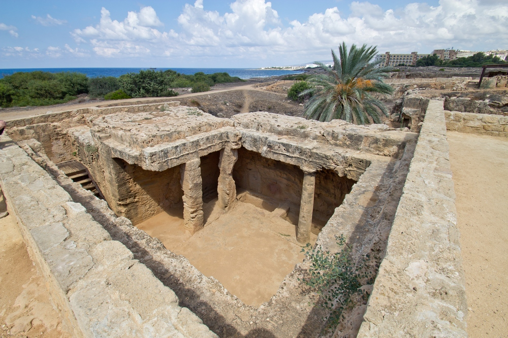 zypern_paphos_coral-bay_tombs-of-the-kings_18