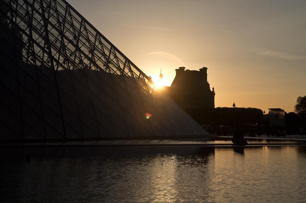paris_hotel_platine_colonnes_de_buren_louvre_eiffelturm_galerien_17