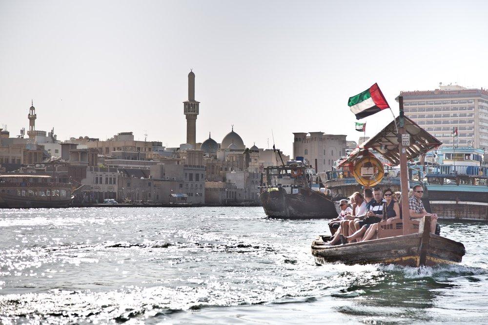 dubai_VAE_UAE_abra_burjkhalifa_jumeirahbeach_14