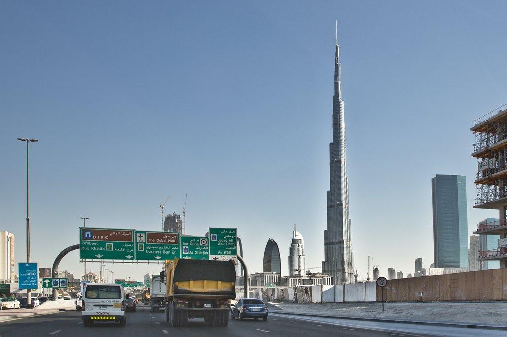 dubai_VAE_UAE_abra_burjkhalifa_jumeirahbeach_19