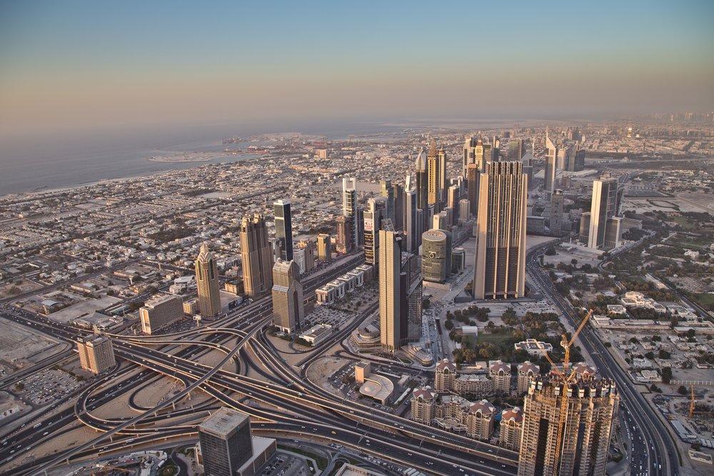 dubai_VAE_UAE_abra_burjkhalifa_jumeirahbeach_25