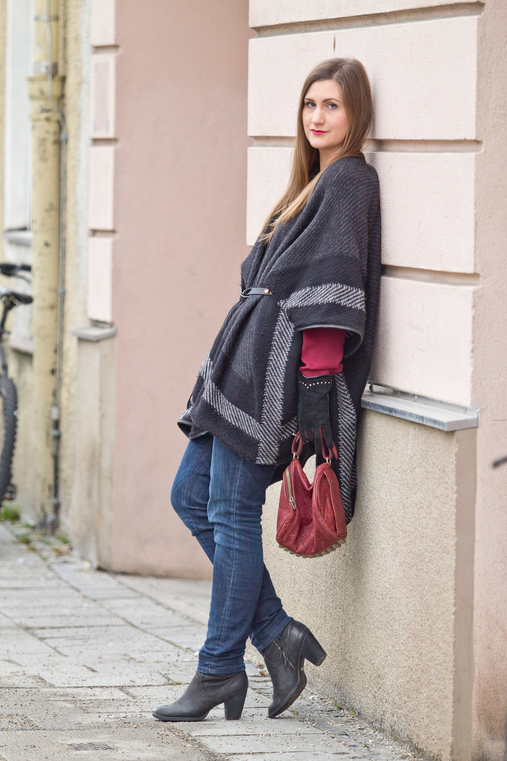 poncho_cape_outfit_company_of_glovers_01