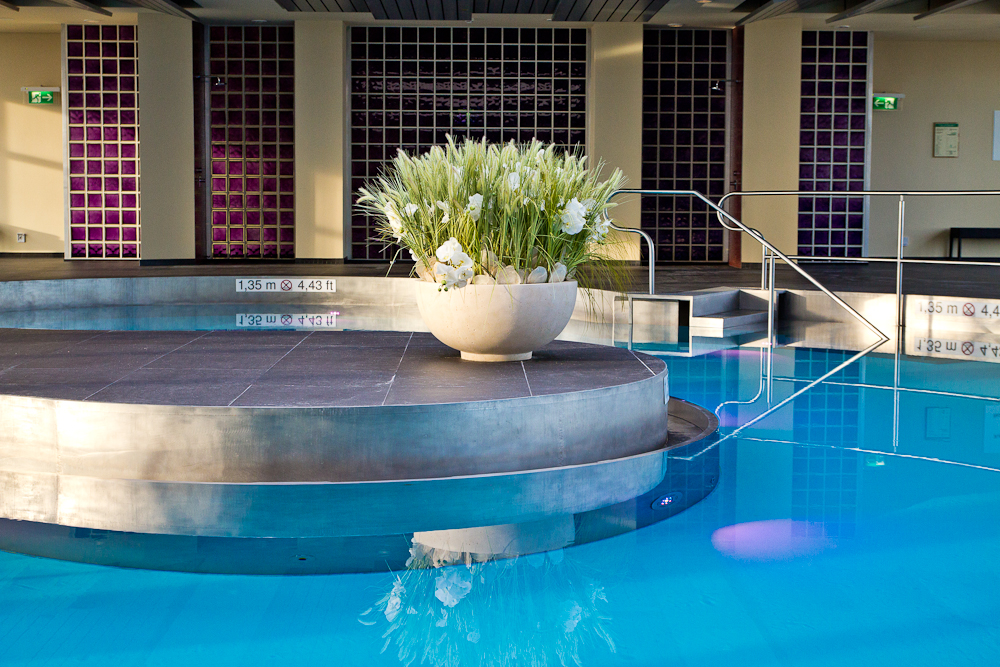 wellness_fitness_sheraton_muenchen_arabellapark_pool_01