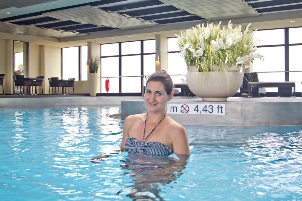 wellness_fitness_sheraton_muenchen_arabellapark_pool_07