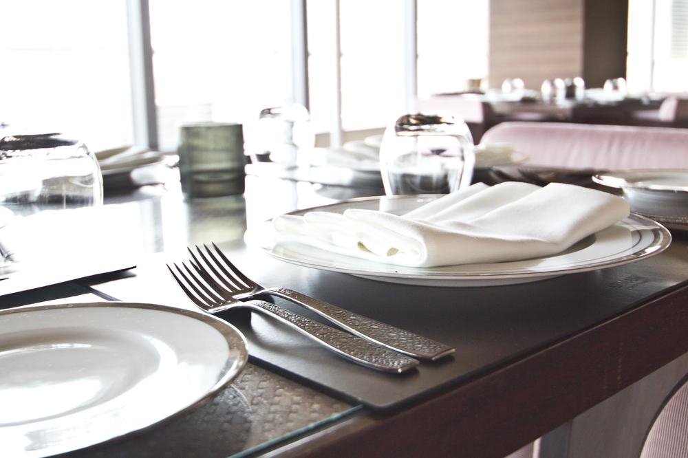 dubai_vae_burj_khalifa_armani_hotel_deli_restaurant_souk_madinat_hotel_17
