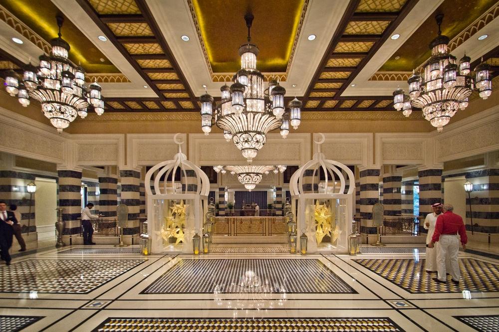 dubai_vae_burj_khalifa_armani_hotel_deli_restaurant_souk_madinat_hotel_25