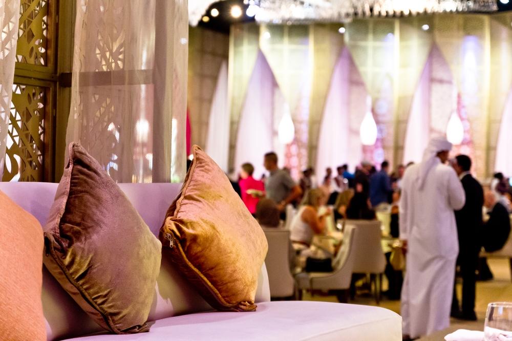 dubai_vae_burj_khalifa_armani_hotel_deli_restaurant_souk_madinat_hotel_32