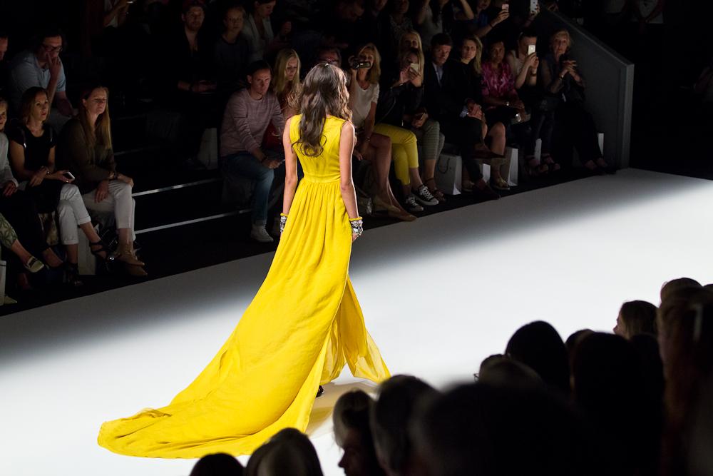 fashion_week_berlin_july_2015_spring_summer_2016_dimitri_dimitrios_Panagiotopoulos_stefanie_giesinger_gntm_topmodel_15