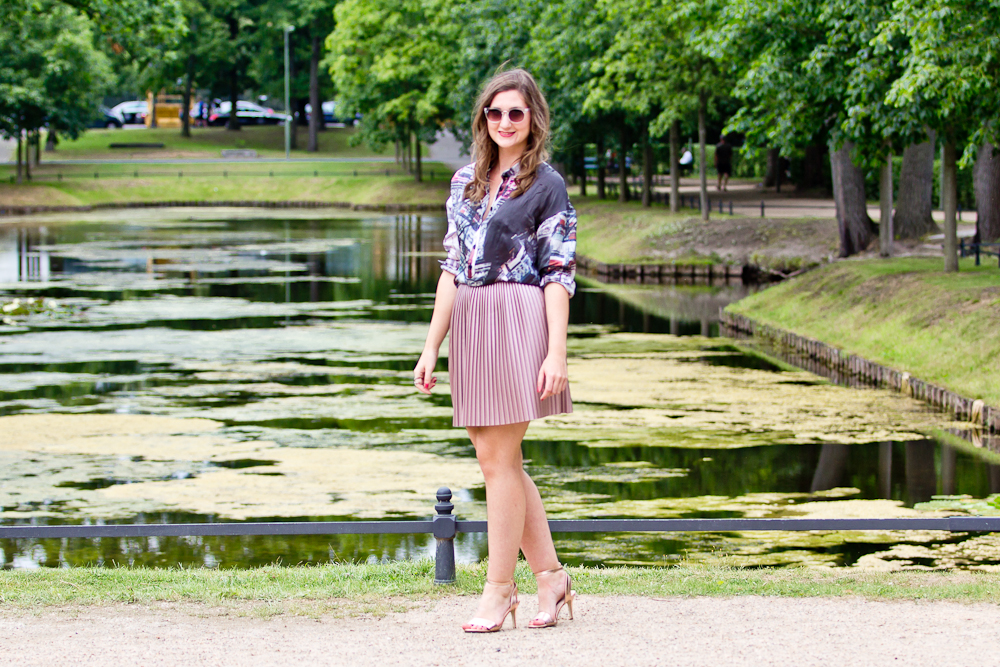 outfit_streetstyle_mercedes_benz_fashion_week_berlin_sommer_silkboxx_msgm_hallhuber_02