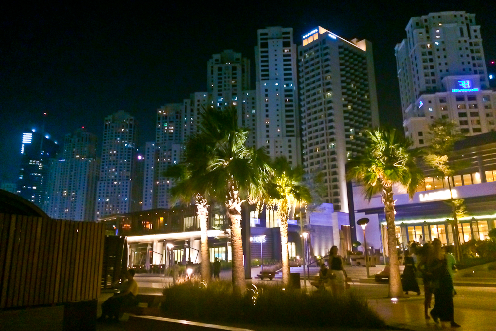 jbr_the_beach_dubai_night