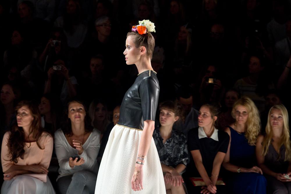 rebekka_ruetz_spring_summer_2016_fashion_week_berlin_frida_01