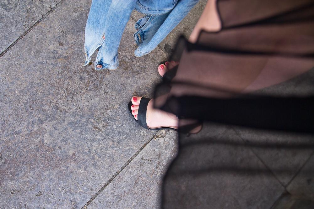 walk_boxx_outfit_denim_black_plissee_leder_berlin_fashion_week_streetstyle_01