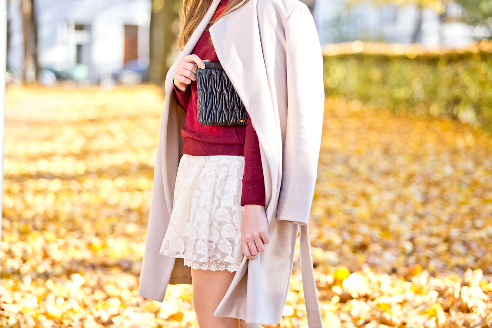 herbst_outfit_stiefel_miumiu_hallhuber_lacoste_molly_bracken_fashionblog_muenchen_fall_autumn_06
