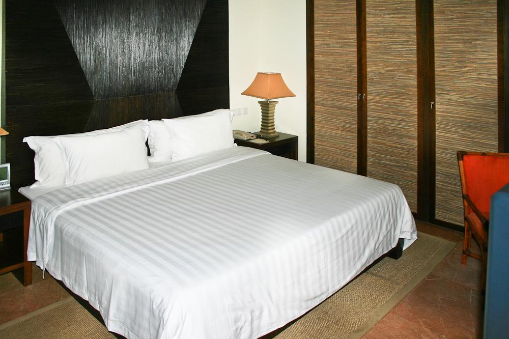 hainan_china_reisetagebuch_reiseblog_sanya_yalong_bay_dadonghai_bus_strand_hotel_15