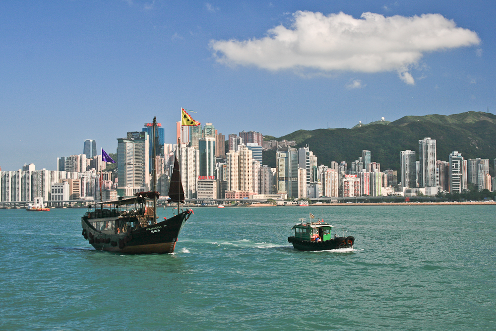 hongkong_china_blog_reiseblog_reisetagebuch_lantau_lamma_island_big_buddha_temple_10000_buddhas_avenue_stars_nan_lian_garden_26