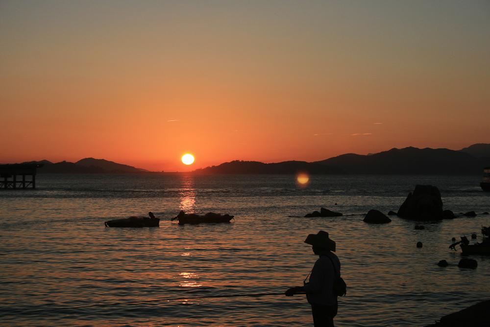 hongkong_china_blog_reiseblog_reisetagebuch_lantau_lamma_island_big_buddha_temple_10000_buddhas_avenue_stars_nan_lian_garden_35