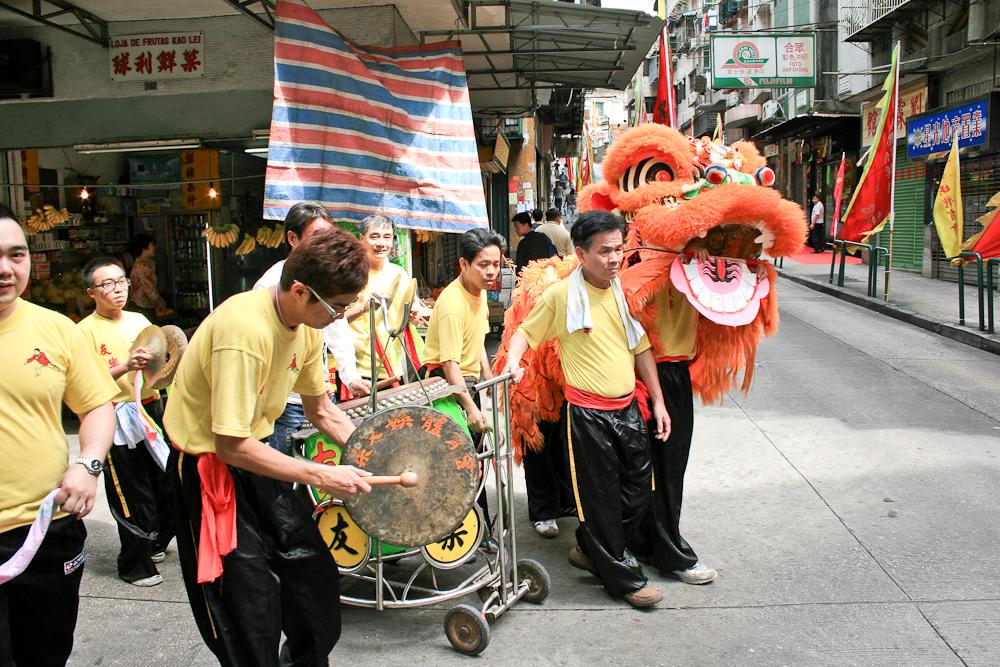 hongkong_china_blog_reiseblog_reisetagebuch_lantau_lamma_island_big_buddha_temple_10000_buddhas_avenue_stars_nan_lian_garden_40