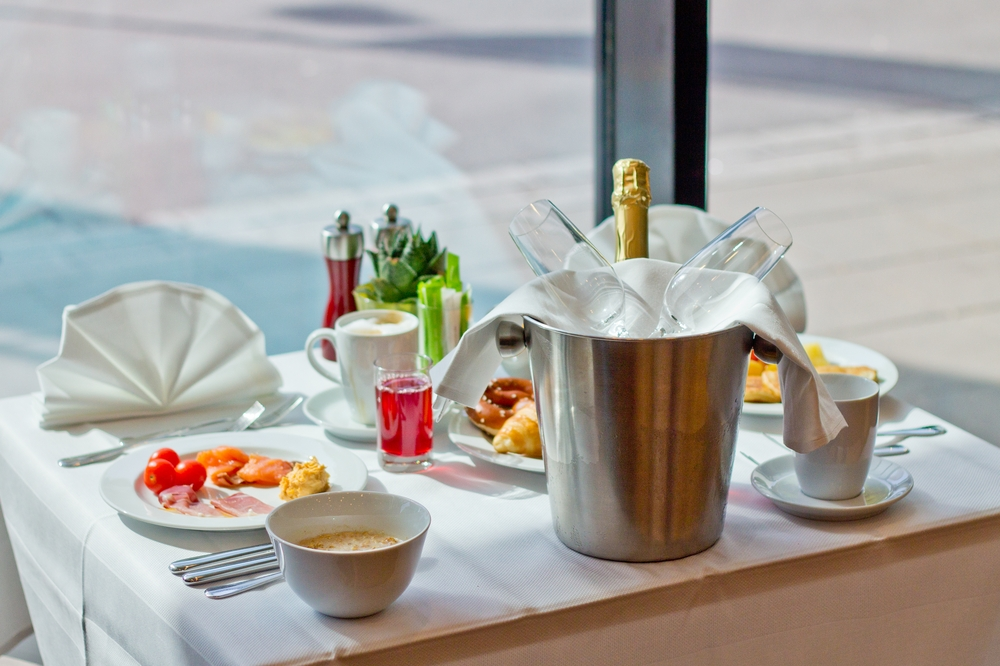 courtyard_marriott_muenchen_ost_brunch_restaurant_breakfast_fruehstueck_hotel_10
