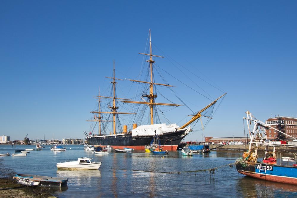 portsmouth_gunwharf_quays_hms_victory_spinnaker_tower_11