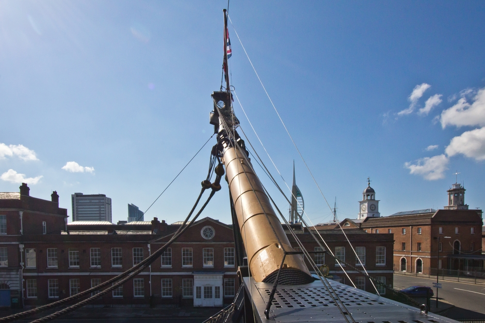 portsmouth_gunwharf_quays_hms_victory_spinnaker_tower_22