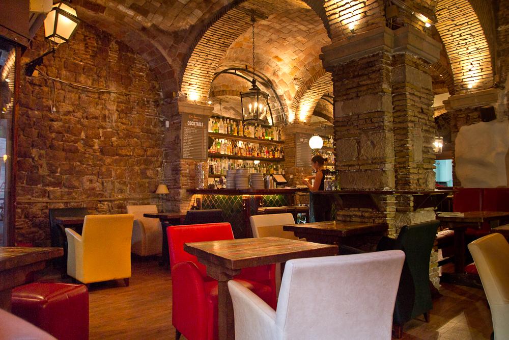 barcelona_la_luna_tapas_restaurant_02