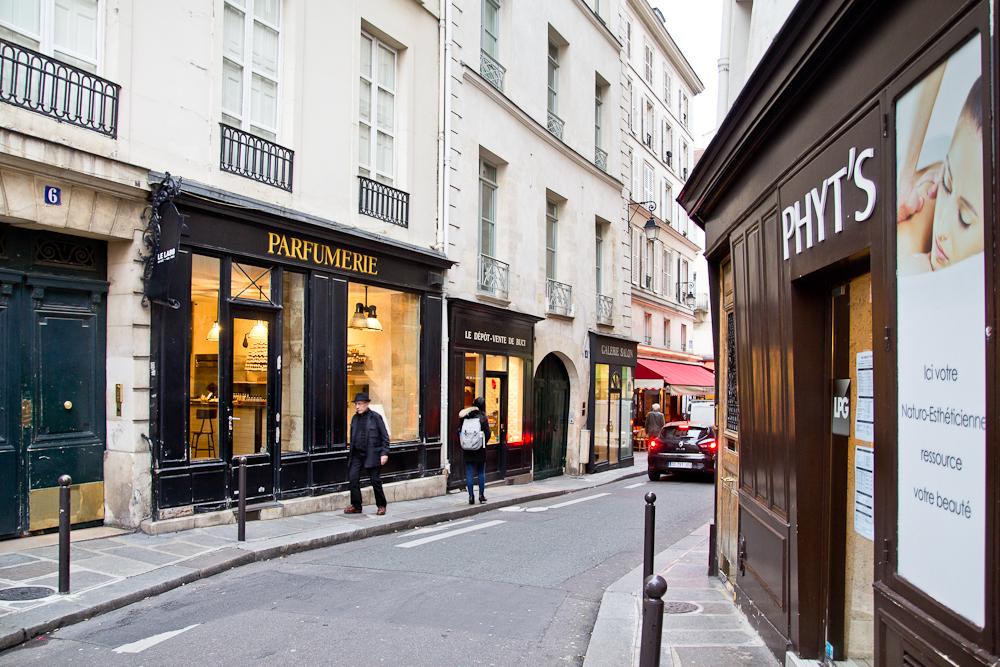 paris_shopping_6_arrondissement_vintage_fashion_blog_17
