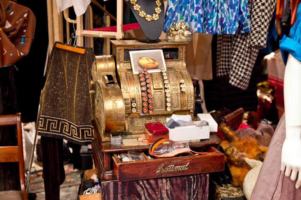 paris_shopping_6_arrondissement_vintage_fashion_blog_20